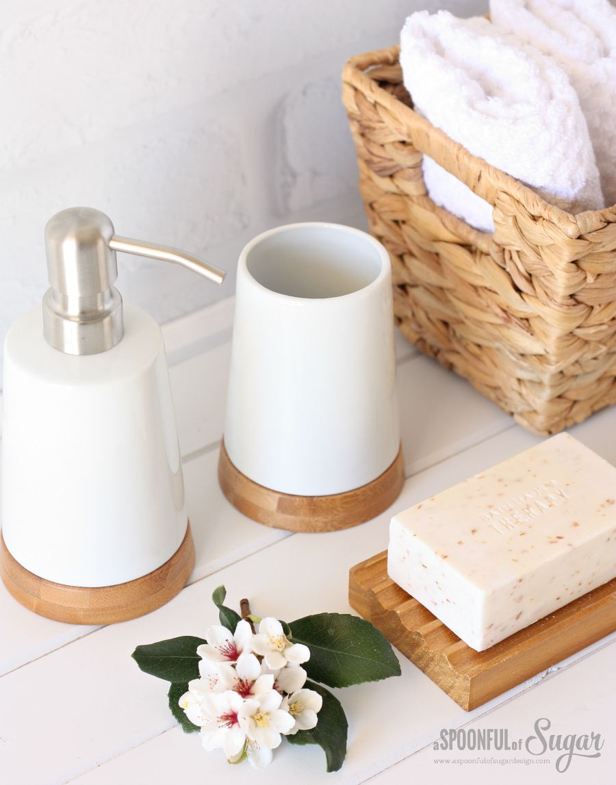 Cute  Ways to Refresh Your Bathroom Decor