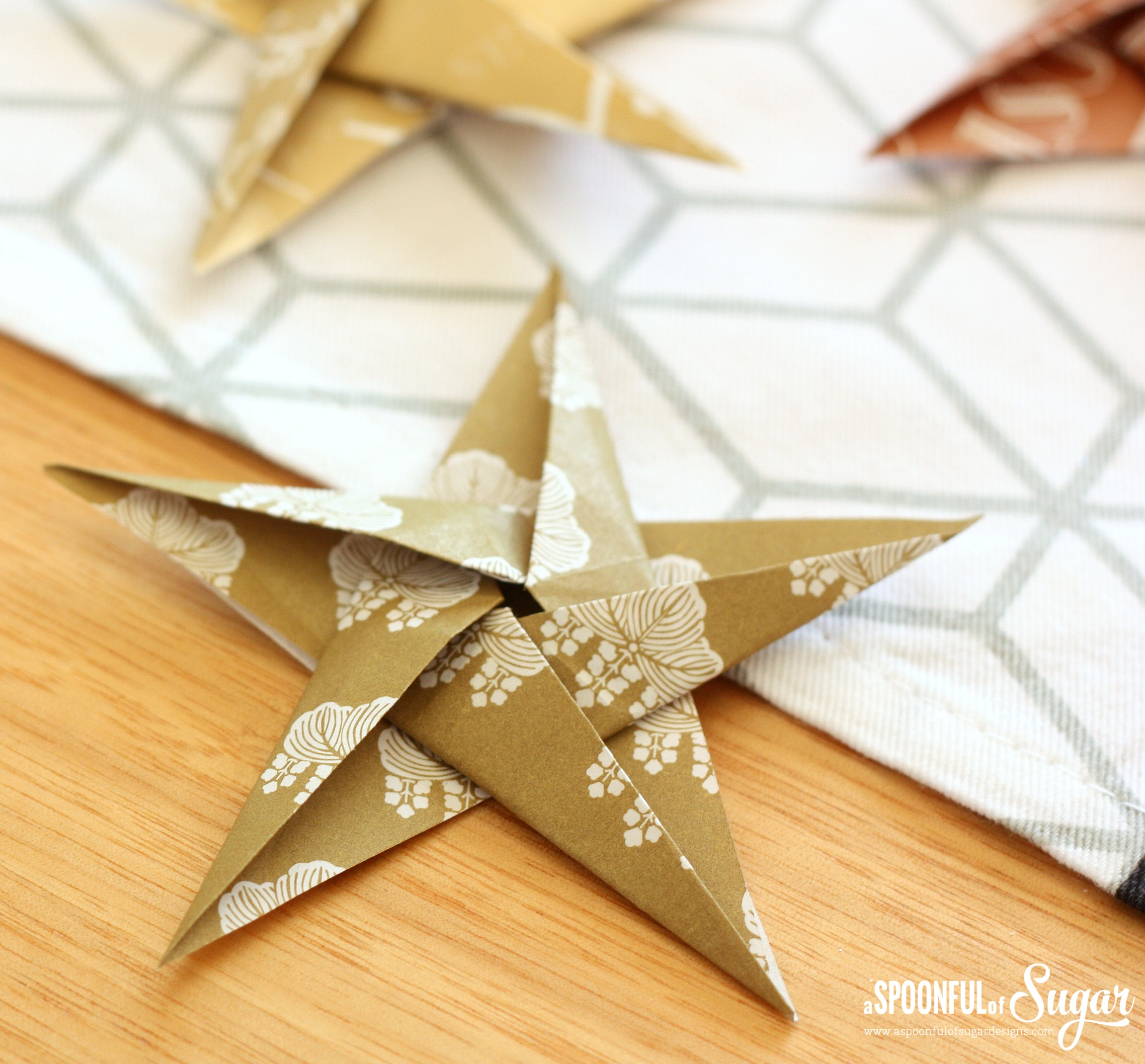 how to make a big origami star