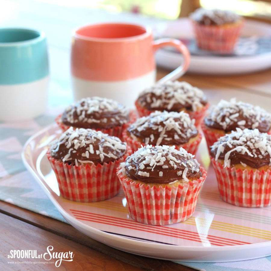 Laminfton Muffins