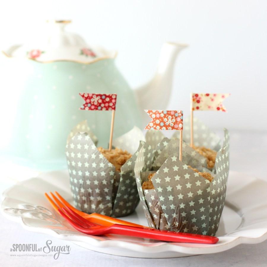 Make cupcake flags using fabric tape