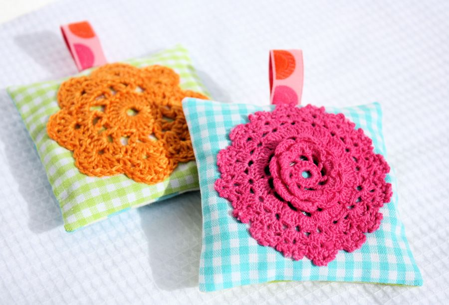 Scented closet sachets