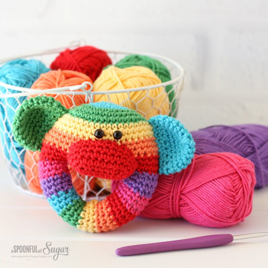 Happy Crochet Book by Carolina Guzman
