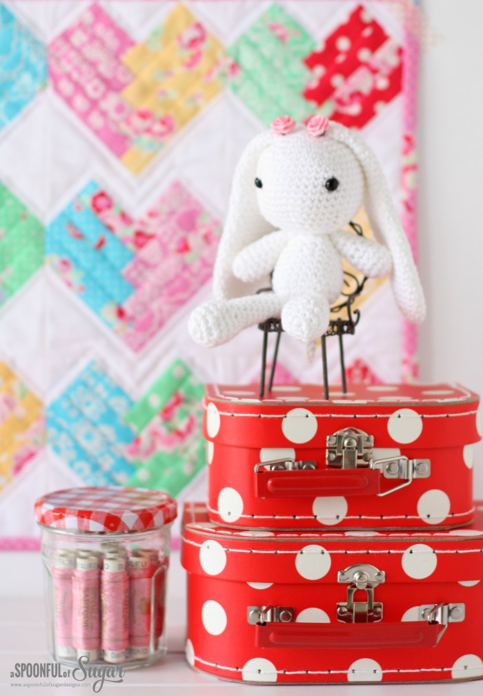 Wynne the Bunny - amigurumi pattern by Arabesque Scissors