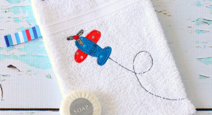 Make Your Own Baby Bath Mitt