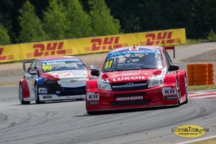 1142014.WTCC.Lada.Team.Race.Day.Seryogin.ASppa.Images