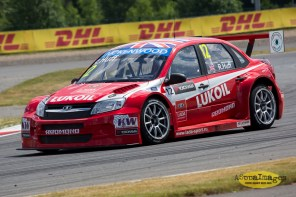 1272014.WTCC.Lada.Team.Race.Day.Seryogin.ASppa.Images