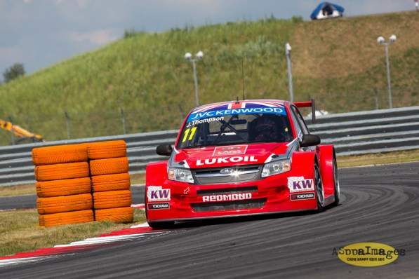 1432014.WTCC.Lada.Team.Race.Day.Seryogin.ASppa.Images
