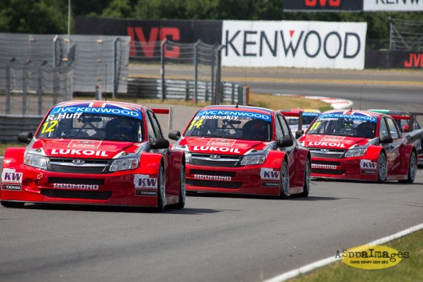 842014.WTCC.Lada.Team.Race.Day.Seryogin.ASppa.Images