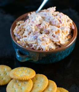 Quick Homemade Southern Pimiento Cheese with crackers | asprinkleandasplash.com
