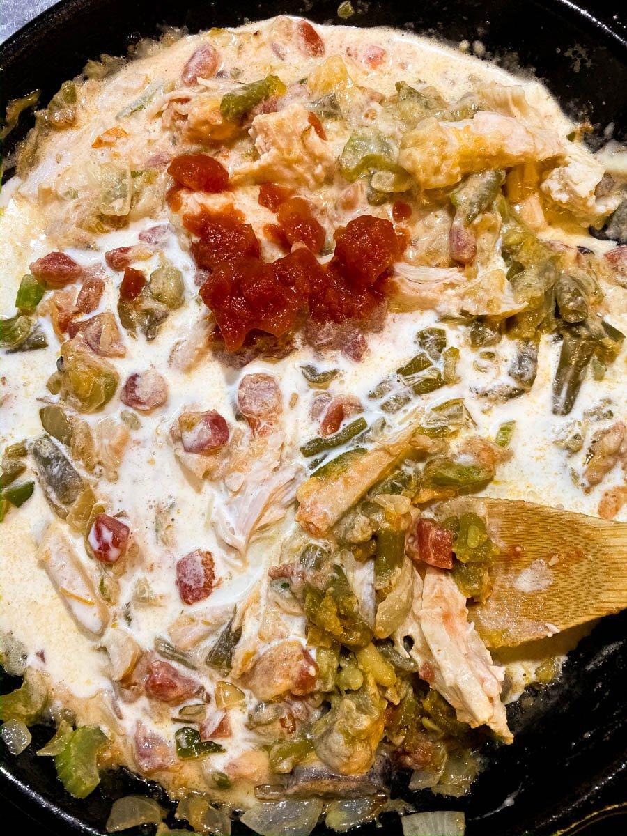 All ingredients for gluten free cheesy Creole turkey pasta except pasta