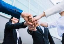 dicas-de-como-melhorar-o-seu-desempenho-como-vendedor