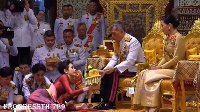 3 new concubines of the King of Thailand (red shirt)