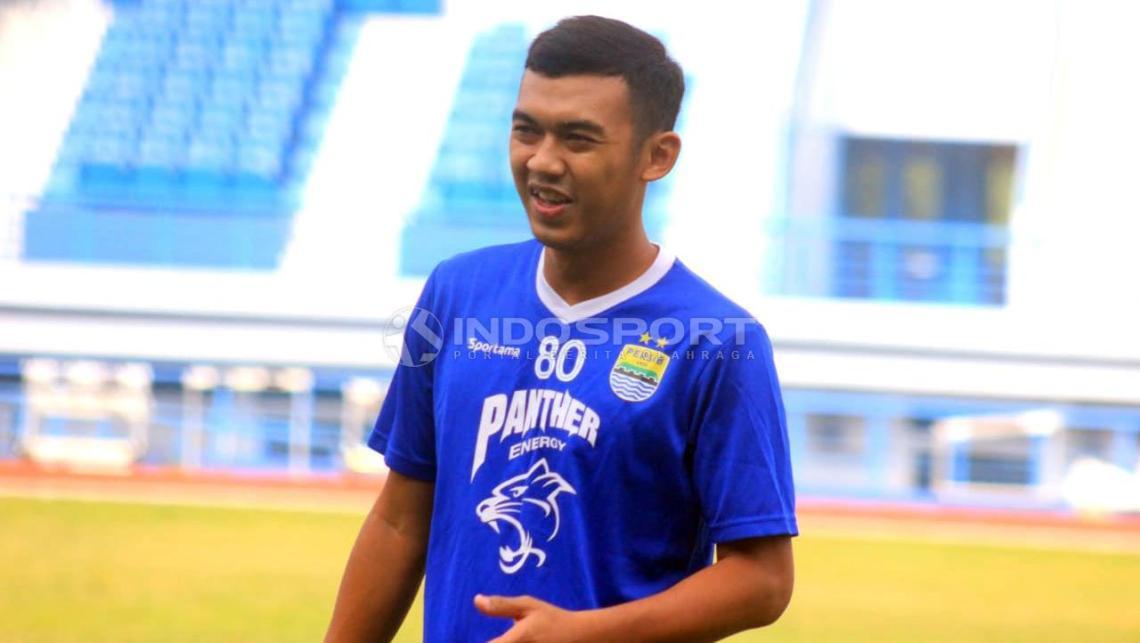 Pemain Persib Bandung, Abdul Aziz. Copyright: Arif Rahman/Indosport.com