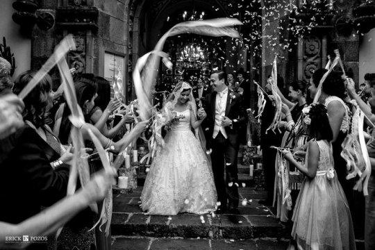Cómo posar para las fotos de boda según los expertos - 13217346_10154840824493136_4673718606163340417_o