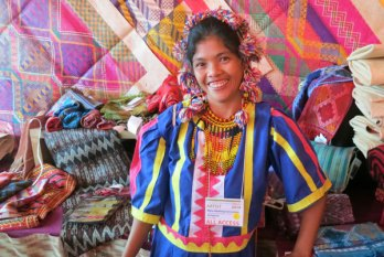 Myla Abalang Carcasona is a master dyer and weaver from the Philippines.