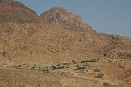 Settlement around St. Catherine. Some of the FanSina artisans live in areas more remote than this.