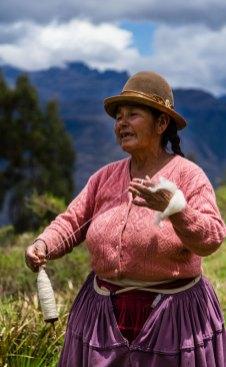 Bolivian handspinner