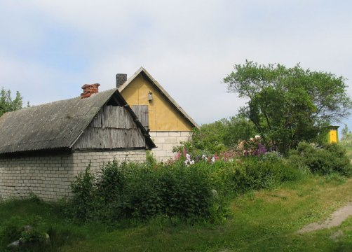 A typical farm in Kihnu, Estonia.