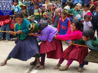 This game brings out the competitive nature of the girls in Huacatinco.