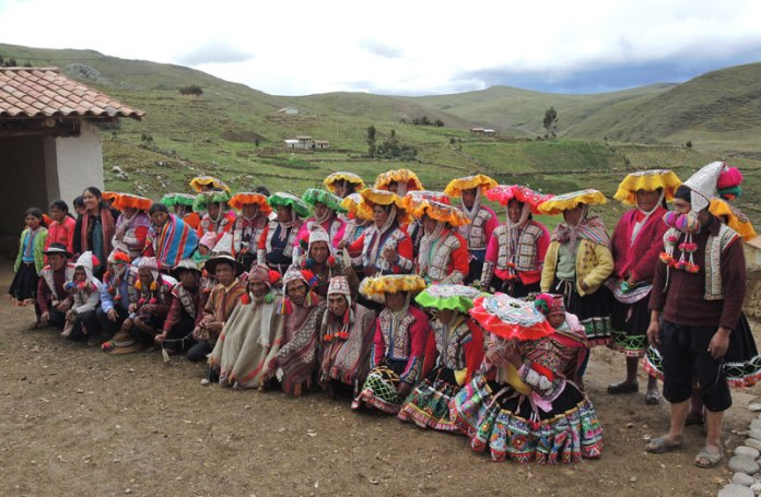 The Huacatinco artisans