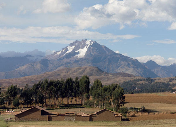 Beyond the village of Chinchero is an important mountain peak, Veronica.