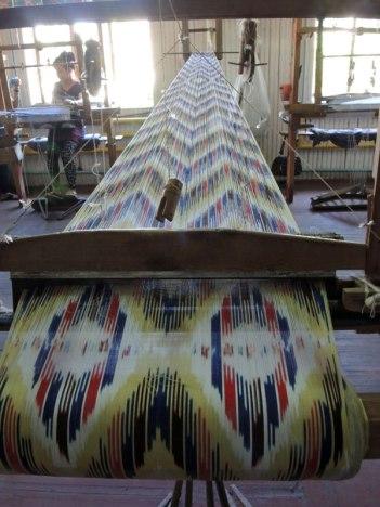 Uzbek-ikat-weaving