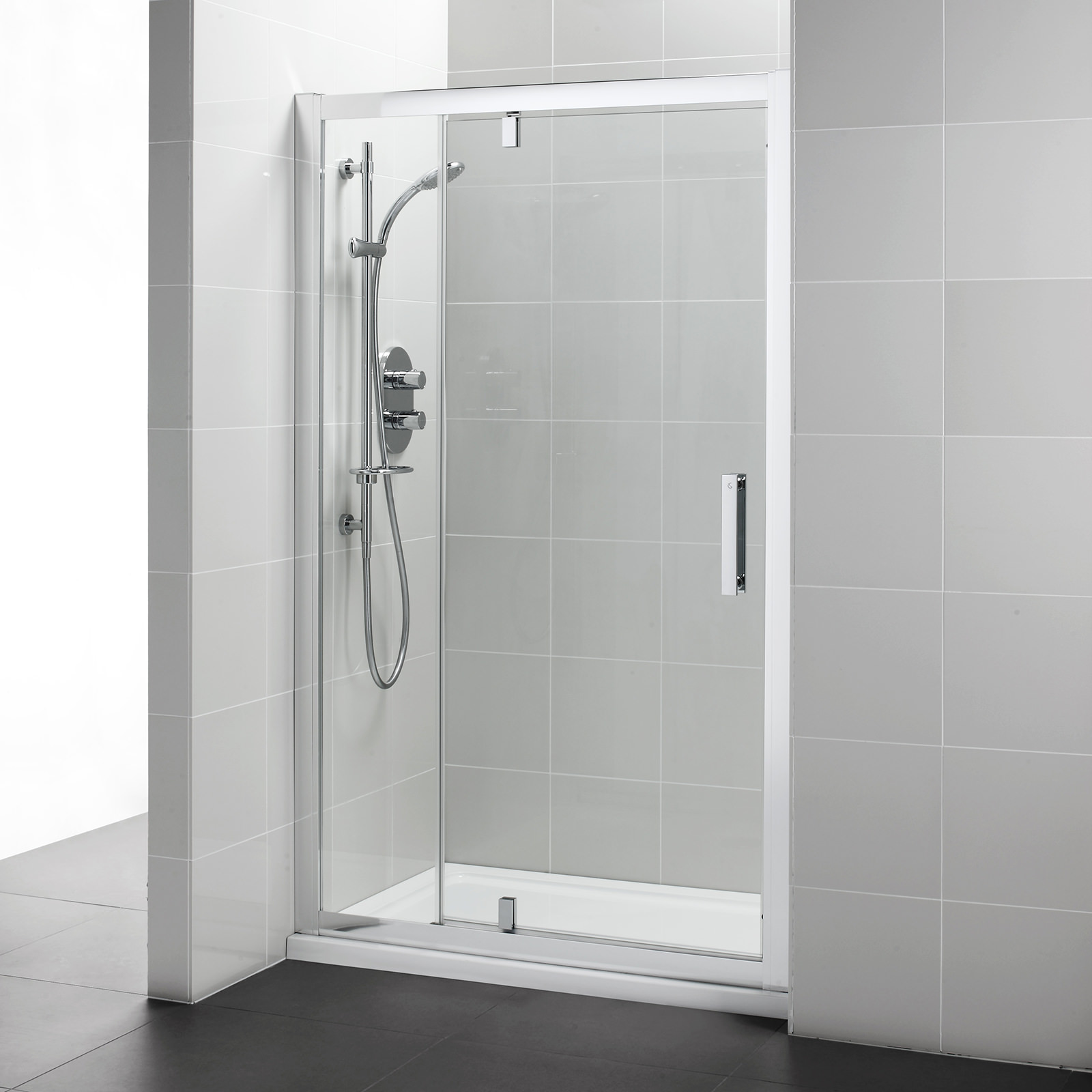 Ideal Standard Synergy 1200mm Pivot Shower Door With In Line Panel
