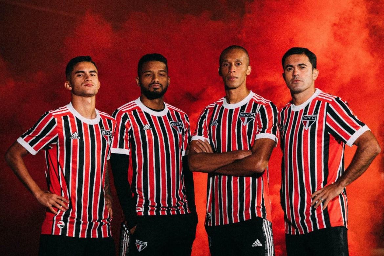 Nova camisa listrada do São Paulo 2021-2022 Adidas » Mantos do Futebol
