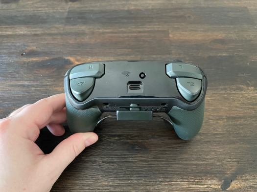 PowerA Fusion Pro Wireless Controller Review 6