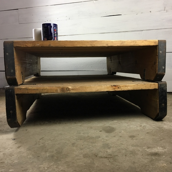 vintage industrial coffee table made from heavy duty pallets vinterior