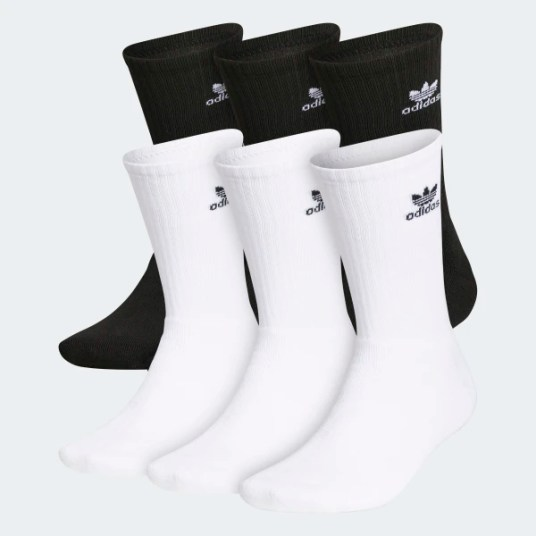 extra pair of socks for monsoon travel