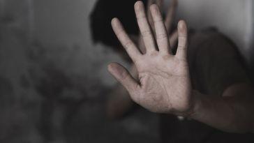 Violences conjugales : il lui a fallu porter plainte 8 fois avant d'être entendue