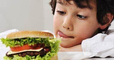 الحد من الوجبات السريعة هل يكفي لتفادي السكري 2 ؟