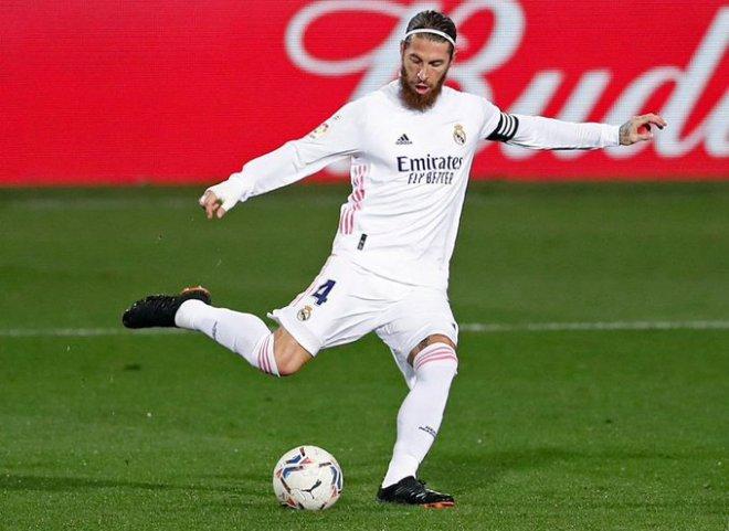 فوز ريال مدريد على إيبار يمنح راموس رقمًا قياسيًا بتاريخ النادي