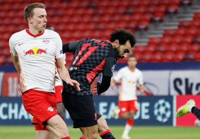 ليفربول يُداوي جراحه المحلية بالفوز أوروبيًا