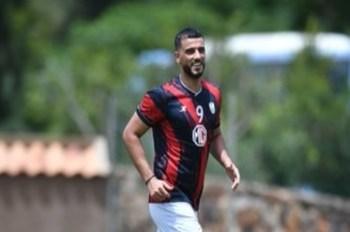 عمر السومة لاعب الأهلي في تونس