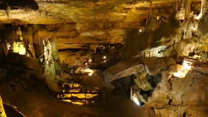 Marion county airport can be reached within 25. Raccoon Mountain Caverns Chattanooga Tennessee Atlas Obscura
