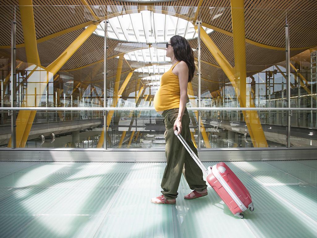 Is It Safe To Walk Through Airport Screening Machines