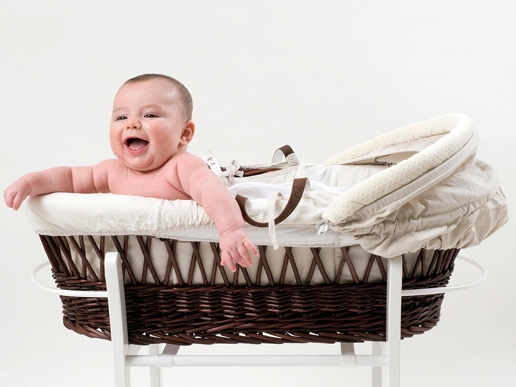 Buying A Moses Basket Crib Or Carrycot