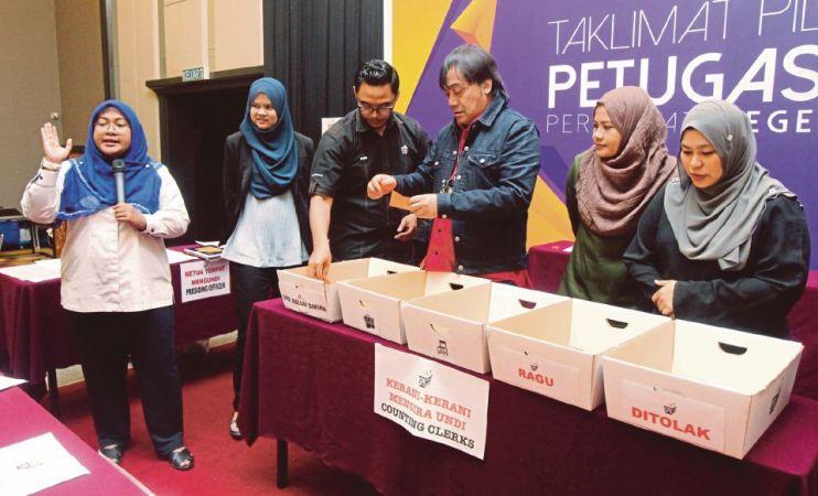 PRU-14: 35,000 petugas SPR di Selangor | Nasional | Berita Harian