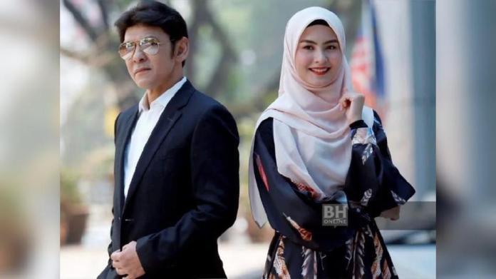 Datuk Jamal Abdillah dan Wany Hasrita mempertaruhkan lagu Belenggu Rindu. - FOTO NSTP