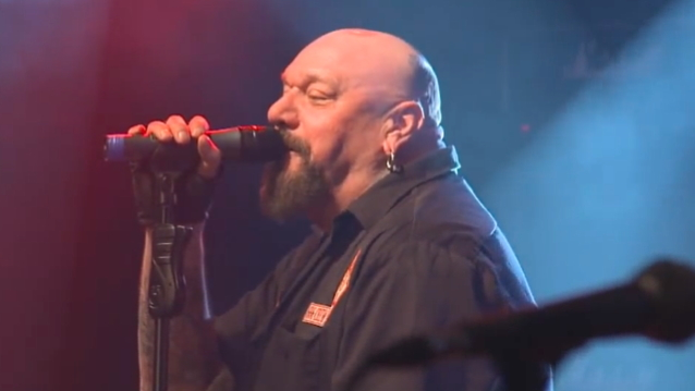 Former IRON MAIDEN Singer PAUL DI'ANNO: 'I Nearly Died Four Years Ago'