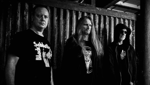 重新激活的英國死亡Metallers CANCER從'Shadow Gripped'專輯發行'Garrotte'歌曲