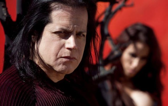 DANZIG To Join Forces With SUPERJOINT, VEIL OF MAYA, PRONG For 'Blackest Of The Black' Tour