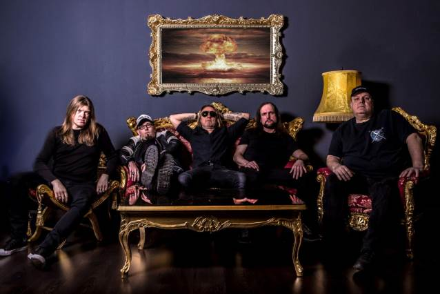 German Thrash Metal Band DARKNESS To Release 'First Class Violence' Album In October
