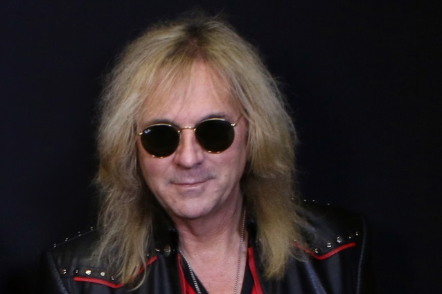 JUDAS PRIEST Guitarist GLENN TIPTON Diagnosed With Parkinson's Disease