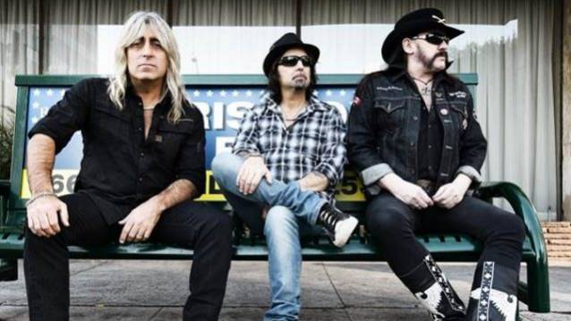 MOTÖRHEAD In The Studio Working On New Album: Video Footage, Photos