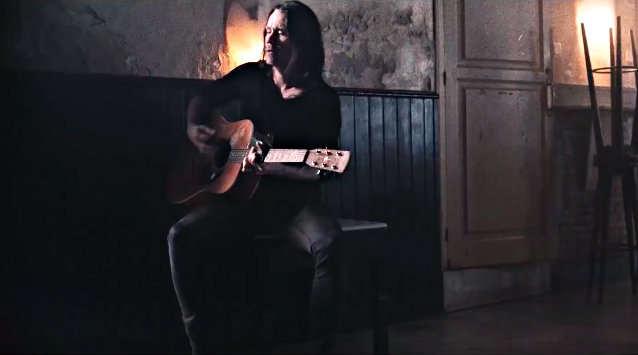 MYLES KENNEDY Announces Solo Tour Of U.K.