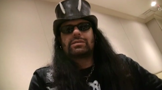 Former ANTHRAX Singer NEIL TURBIN To Perform Entire 'Fistful Of Metal' Album On European Tour