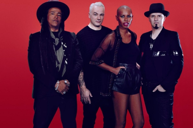 SKUNK ANANSIE To Release '25LIVE@25' In January